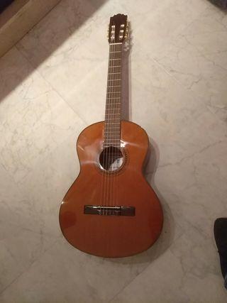 Impecable guitarra española
