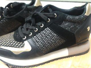sneakers gioseppo negras