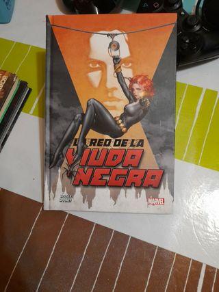 CÓMIC LA RED DE LA VIUDA NEGRA MARVEL