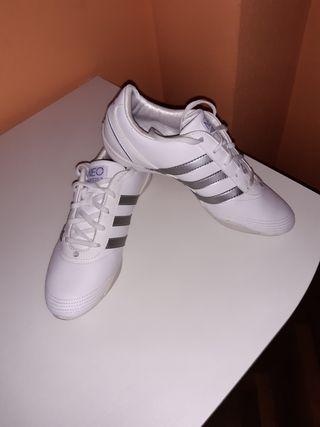 Zapatillas Adidas, N° 41