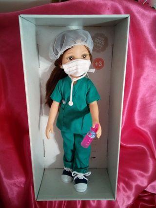 PAOLA REINA.ORIGINAL.A ESTRENAR.ENFERMERA.DOCTORA.