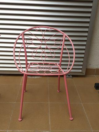 conjunto de mesa y silla de forja