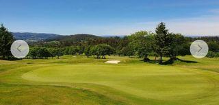 Acción club golf Larin