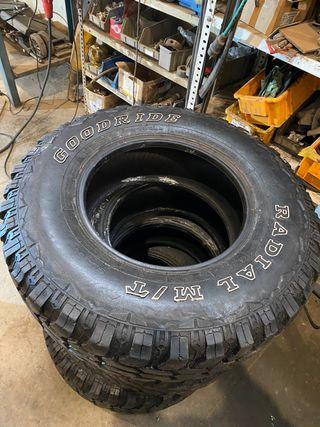 Neumáticos 235/85R16 usados