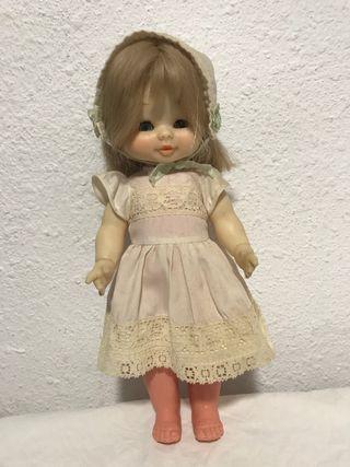Muñeca Mari Loli
