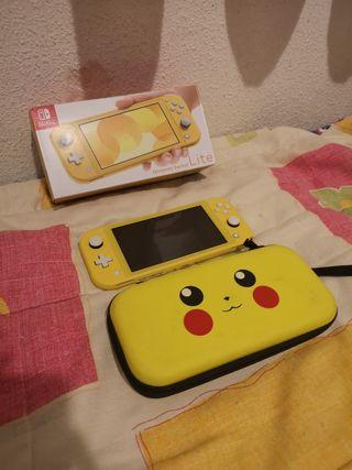 Nintendo Switch Lite Amarilla + Funda