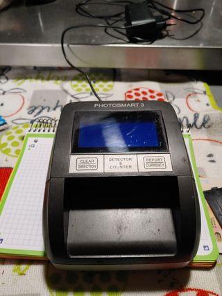 maquina detectora de billetes falsos