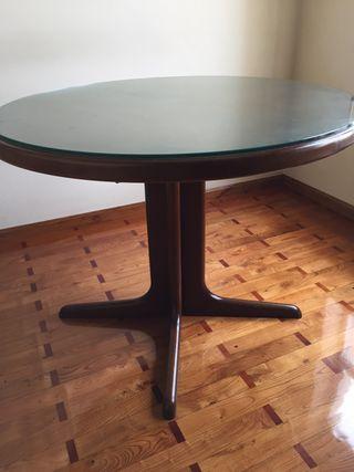 Mesa de comedor de madera maciza extensibe