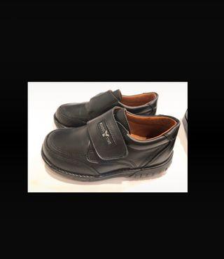 Zapatos 27 de piel a estrenar