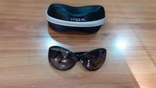 Gafas de sol VOGUE negras
