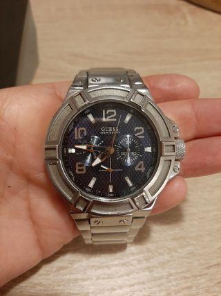 Reloj GUESS 100M/330FT
