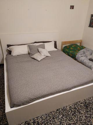 MALM King Size cama 180x200cm+ 4 cajones + colchón