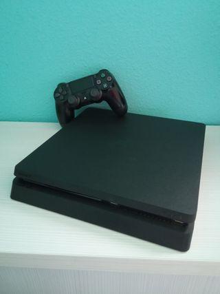 PS4 Slim 1Tb + 8 Juegos