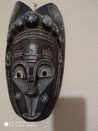4 Mascaras tribales. Conjunto