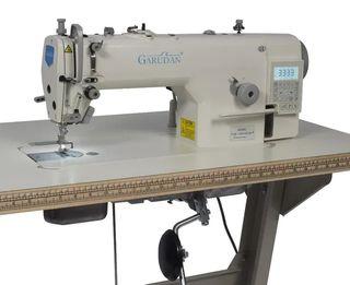 Máquina de coser GARUDAN