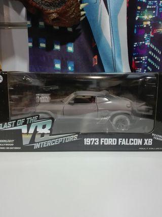 Ford Falcon XB 1973 Mad Max V8 interceptor 1/24