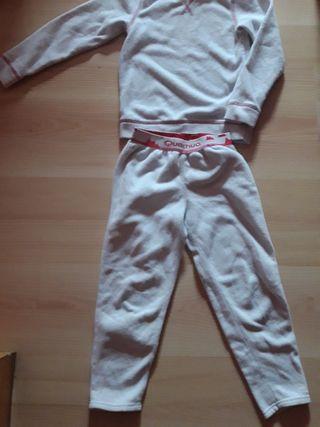 camiseta y pantalón térmico 5 a 6 años