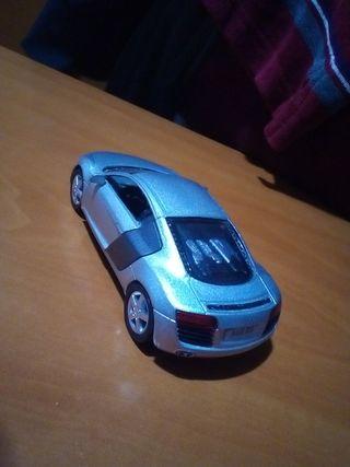 maqueta Audi R8 1/36
