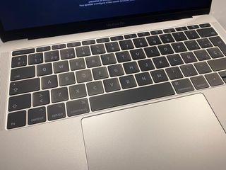 """MacBook Pro 13"""" 2017, batería nueva!"""