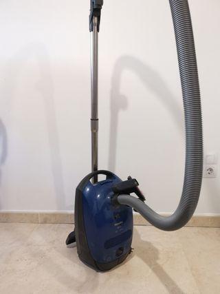 aspirador Miele S2110