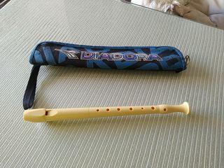 flauta con funda