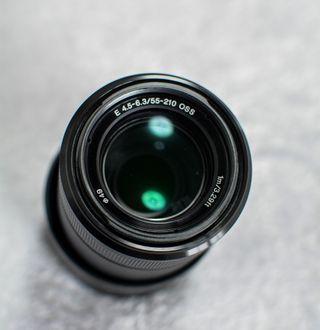Objetivo zoom Sony E 55-210, con filtro UV