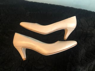 Zapatos de salon piel nude 38