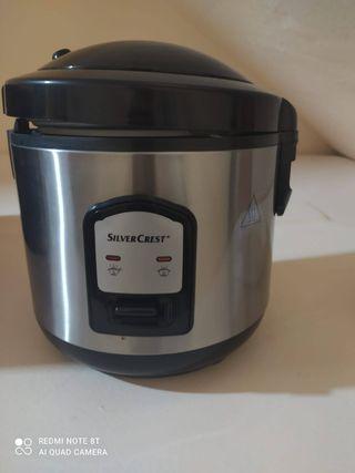 Cocedor de arroz y verduras
