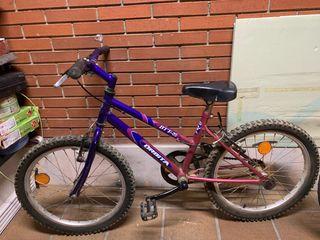 """Bicicleta 20"""" y se regala patinete de aluninio"""