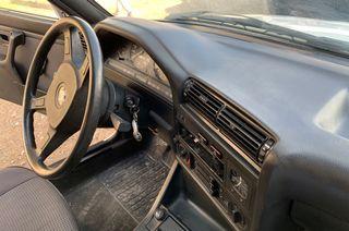 BMW 320i E30 4 puertas 1986