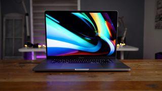 """Apple Macbook Pro 16"""" i9 2,4Ghz 1TB SSD 32GB"""