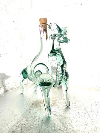 Botella antigua de licor