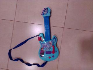 Guitarra de Frozen.