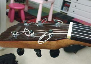 guitarra flamenca de palillos. luthier