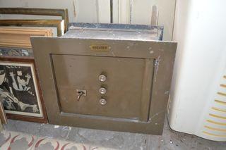 antigua caja fuerte Fichet
