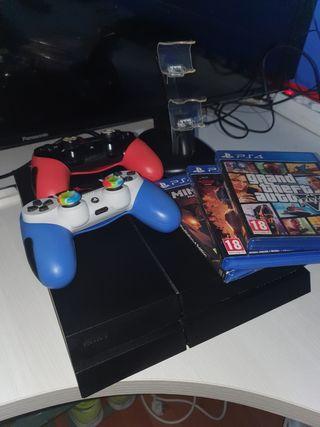 VENDO PS4 500GB + 2 MANDOS ...
