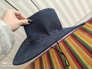 Sombrero azul tipo Cowboy