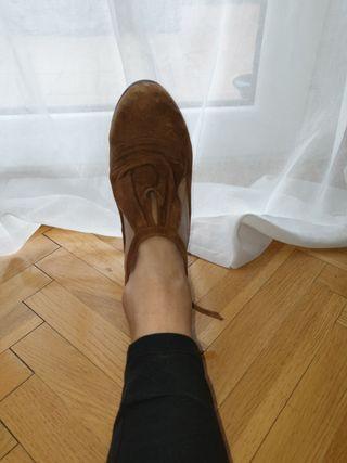 zapatos ante beige