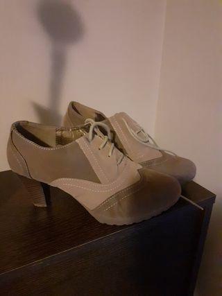 zapato tacon gruesa