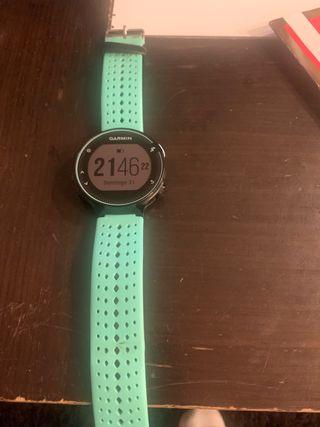 Reloj garmin 235