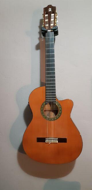 Guitarra electroclasica