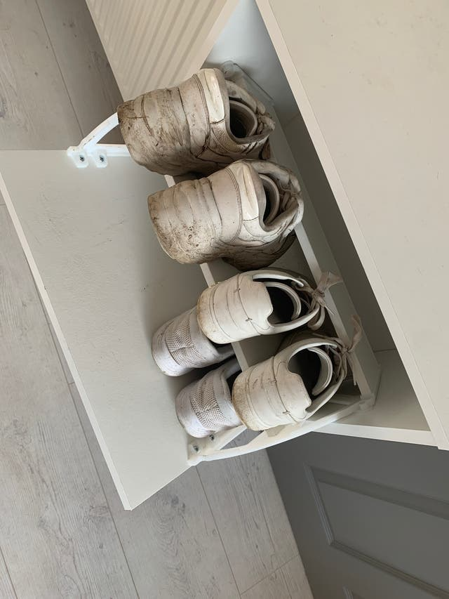 Shoe Cabinet with 2 compartments