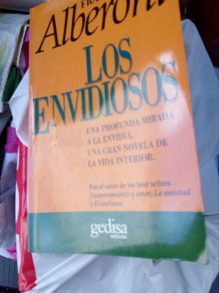 LOS ENVIDIOSOS !!!