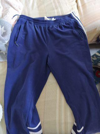 Pantalón chándal Adidas clásico