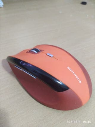 Ratón inalámbrico ergonómico SOYNTEC R520 Orange