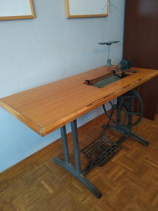 mesa maquina coser