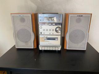 Cadena hi-fi Sony reproductor cd casetes y radio