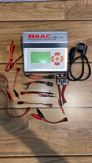 Cargador de baterías ImaxRc B8AC