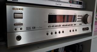 Amplificador / Receptor ONKYO. Excelente calidad!!