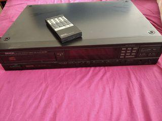 lector de CD Denon DCD800